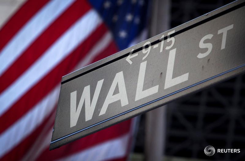 Wall Street drops 1 percent on trade war fears, tech tumble https://t.co/DLwrBO7hxI https://t.co/1u3ynj1QzA