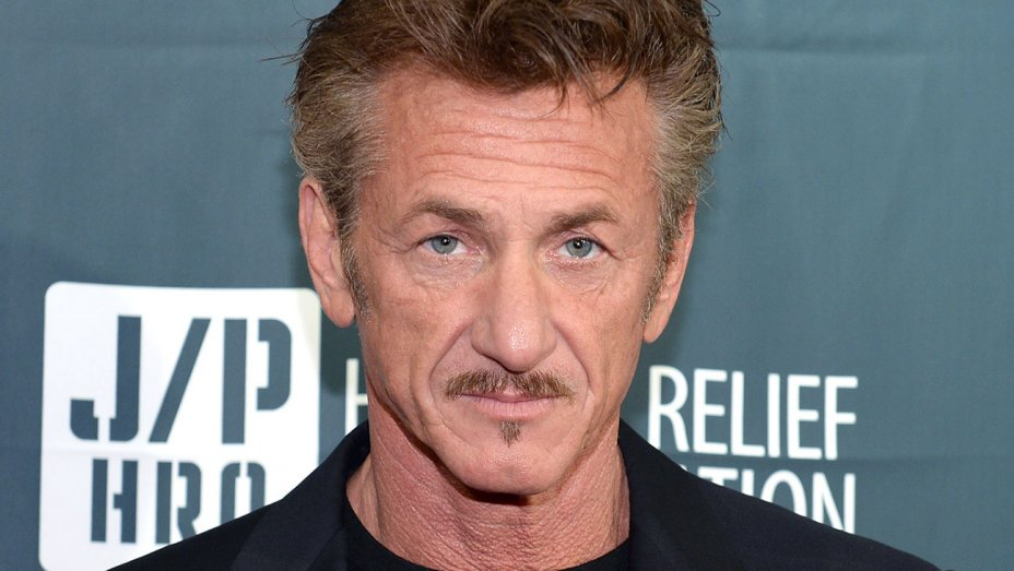 """Sean Penn says he's no longer """"in love"""" with acting"""