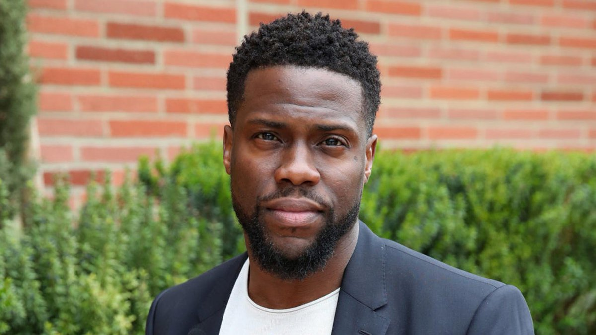 .@KevinHart4real plans to be a billionaire by 45