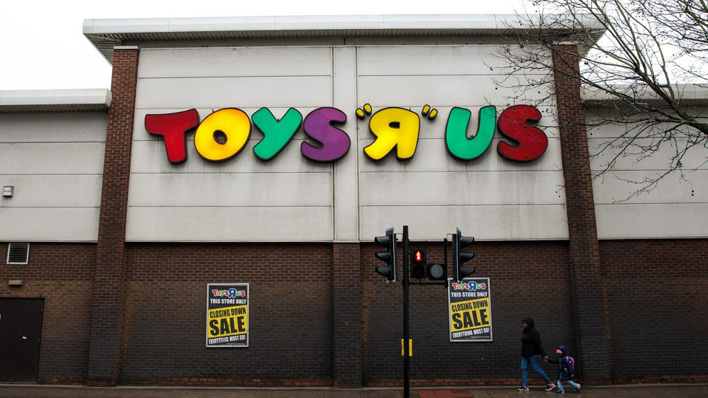 Toy exec leads GoFundMe effort to save Toys R Us brand