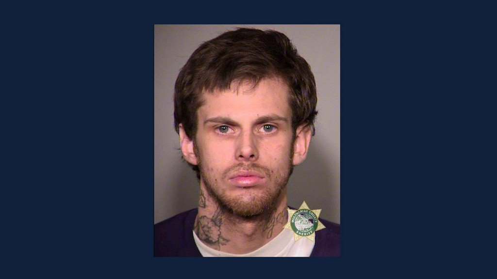 Inmate steals ODOT truck, escapes work crew in Portland, deputies say