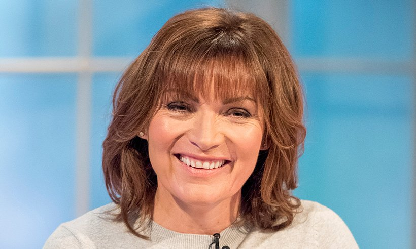 Lorraine Kelly stuns viewers with her stylish £12.50 jumper!?