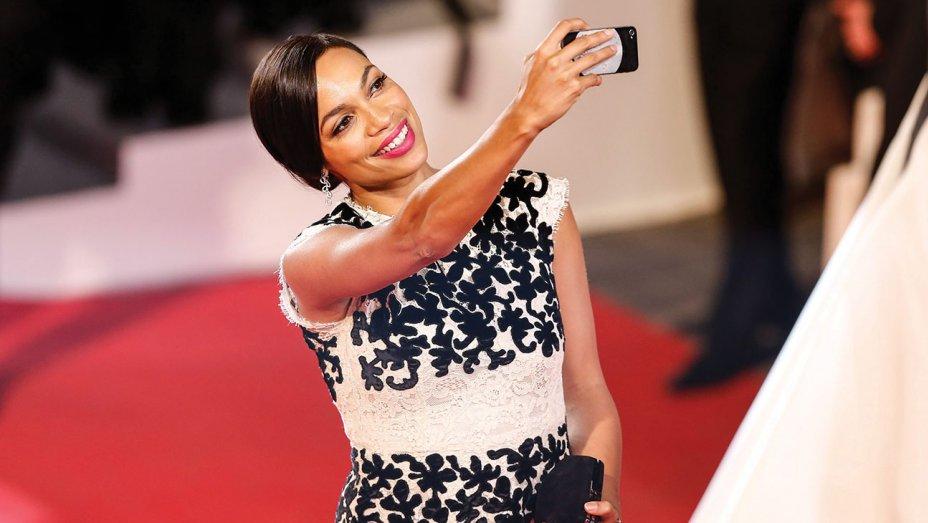Cannes Festival Bans Red-Carpet Selfies