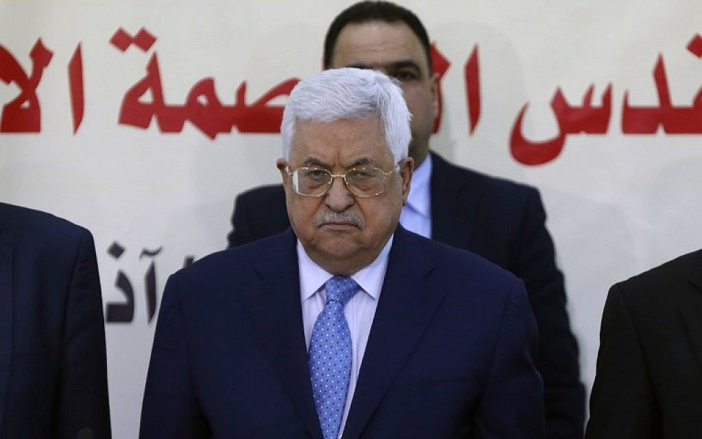 Abbas warns officials not to lash out at Arab countries
