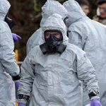UK urges public to wash clothes after nerve agent attack
