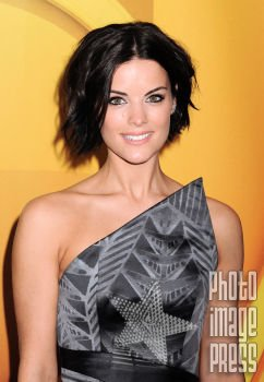 Happy Birthday Wishes going out to Jaimie Alexander!
