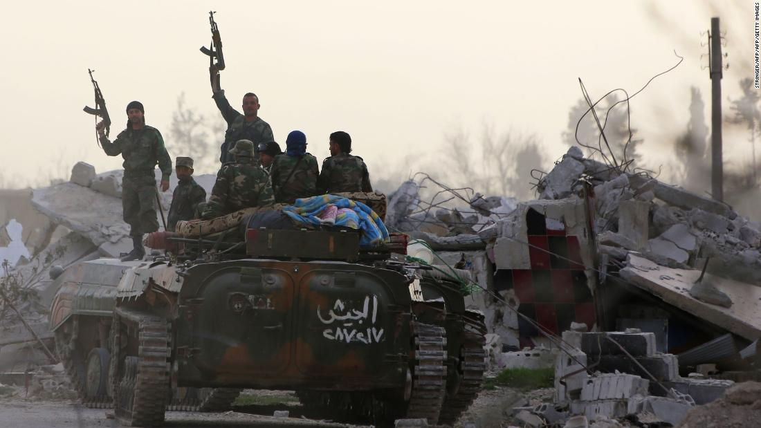 Syrian regime gains ground in 'semi-destroyed rubble town' https://t.co/rtmGdhI5iY https://t.co/Gin3Bthkfp