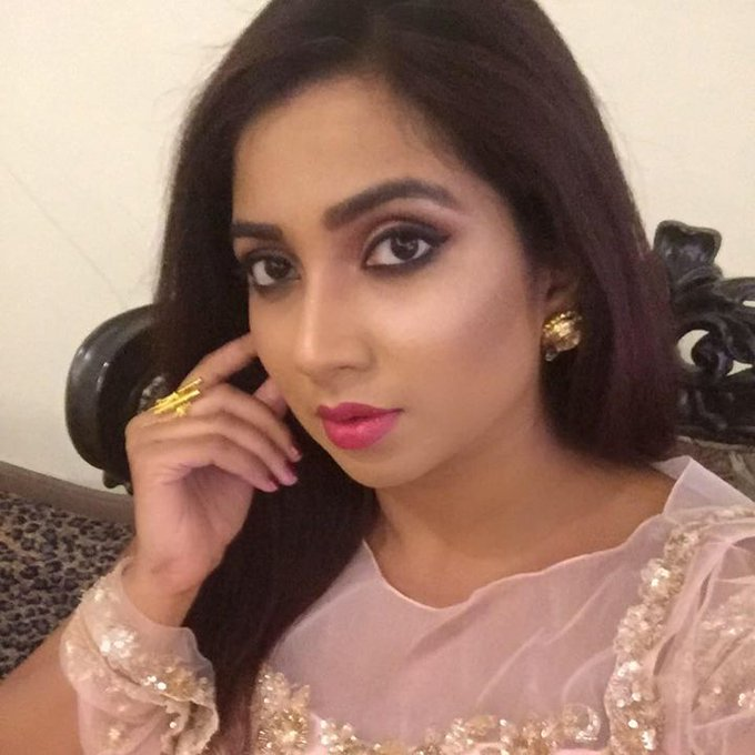 Happy birthday to you Ghoomer Queen Shreya Ghoshal