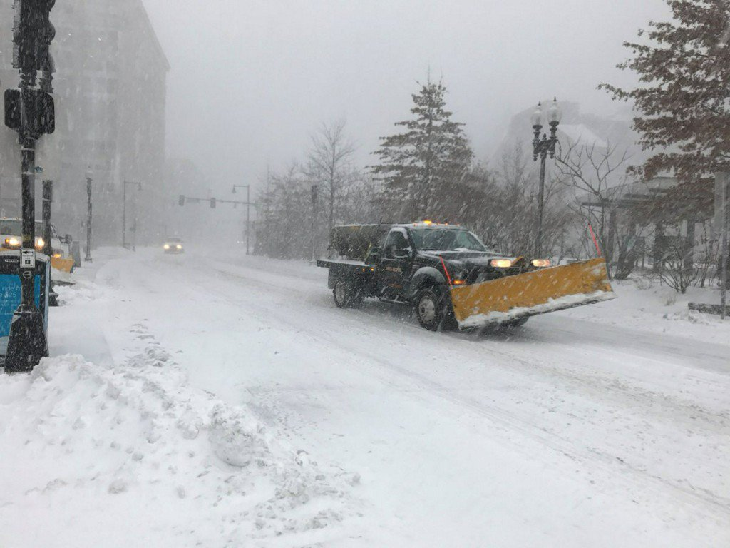 Northeast preps for 3rd winter storm in the past 10days