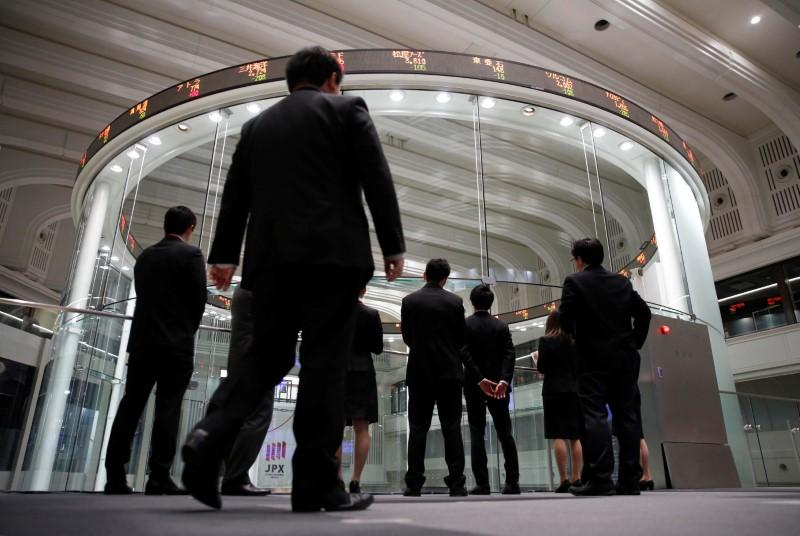 Asia shares rally, yen eases on U.S. inflation relief