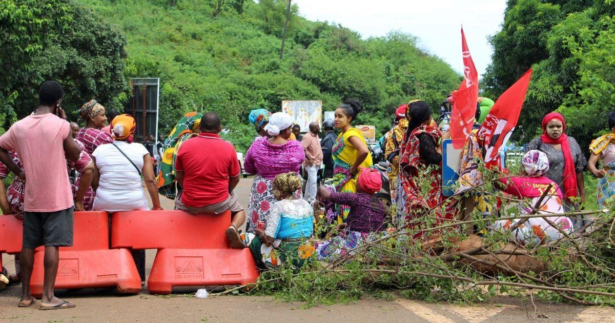 La ministre des Outre-mer à Mayotte pour une sortie de crise
