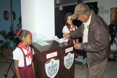 Cuba inició en las urnas el adiós a la era Castro - Diario Co Latino