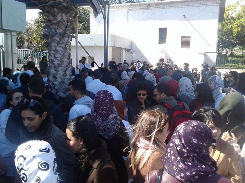 الخبر-المقيمون يعتصمون بمستشفى باب الواد