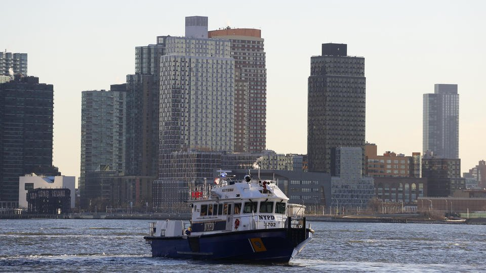 Pilot in NYC crash called 'mayday,' cited engine failure