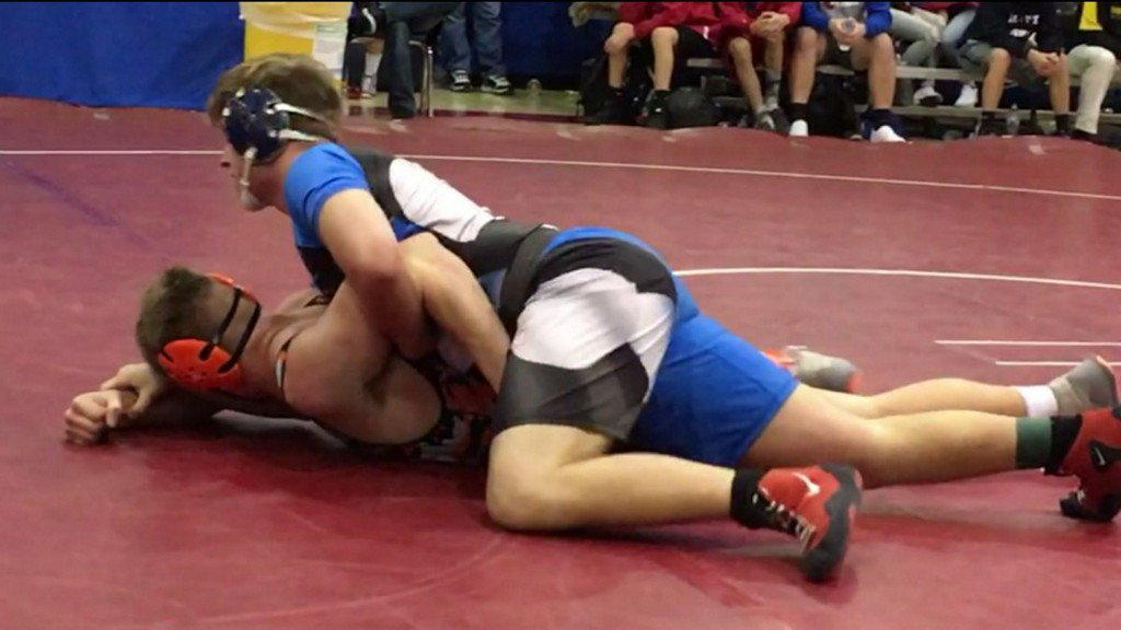 High school wrestler loses 100 pounds, goes on to win statetitle