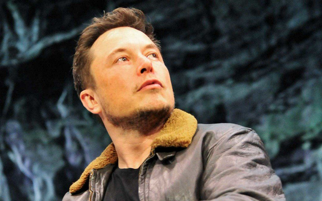 Elon Musk Says Test Flights for Travel to Mars Could Start Early Next Year