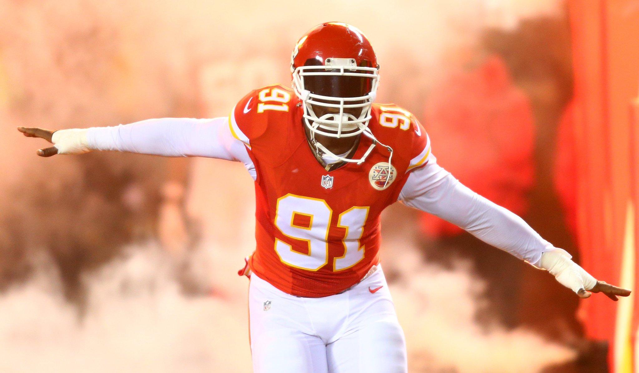 Chiefs are releasing veteran LB Tamba Hali, per @AdamSchefter https://t.co/7hPP8qjF8R