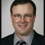 Iowa Senate leader resigns; video shows him kissing lobbyist