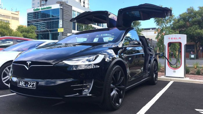 Greens push for electric only cars on Australian roads by 2030