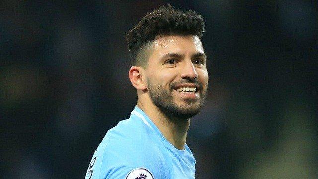 Aguero named in Argentina squad despite injury
