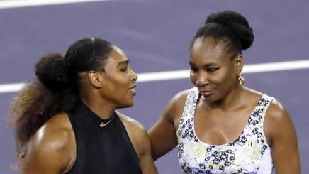 Tennis, Venus vince il derby