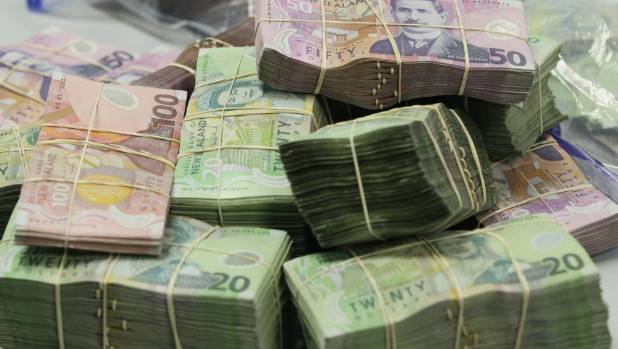 Safe containing cash found in Auckland rubbish pile by council contractors
