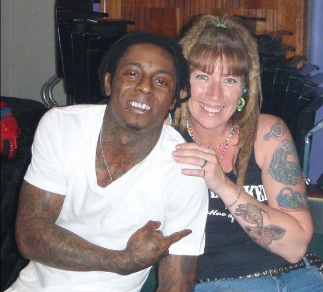 Meet the artist behind over 300 of @LilTunechi's tattoos.  https://t.co/W71iBUCA8o https://t.co/5pxsyV58W8