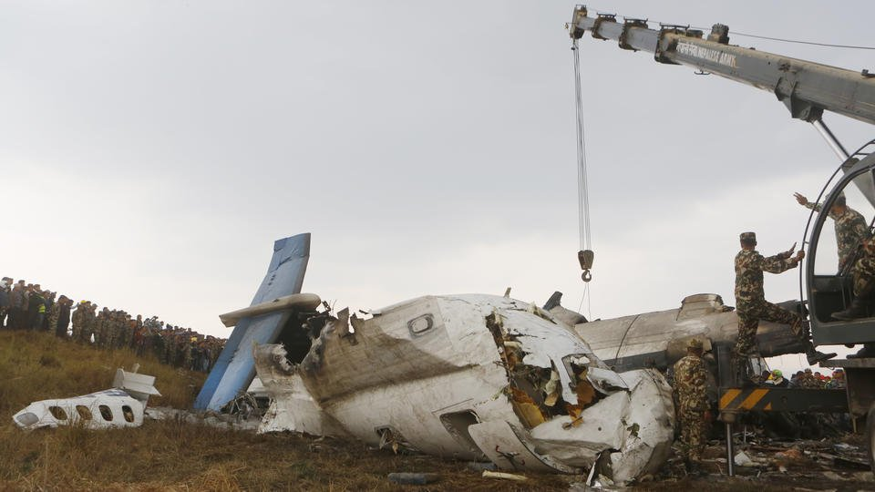 Nepal crash followed apparent confusion over plane's path