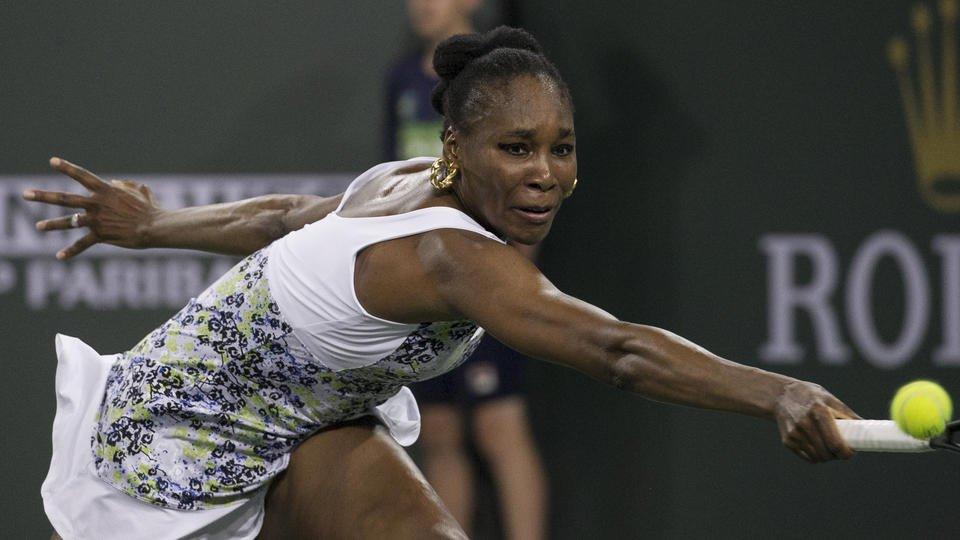 Oh, sister: Venus beats Serena 6-3, 6-4 at Indian Wells
