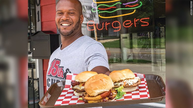 This ex-convict took cooking classes in prison. Now, he runsa bustling burger joint. https://t.co/14JFKWzNeB https://t.co/IGKc7xhzJ7
