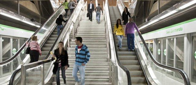 "Movilidad | Sevillasemueve considera ""insuficiente"" el pacto por el metro de #Sevilla https://t.co/pKreVcej7W https://t.co/k3erwxLQ9a"