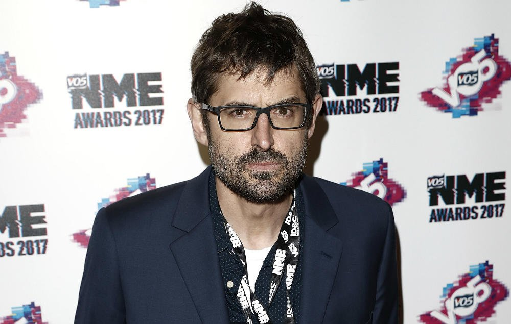 There's a new Louis Theroux themed club night coming to a town near you https://t.co/42Yu5Mpw9T https://t.co/5ogi6nkESK