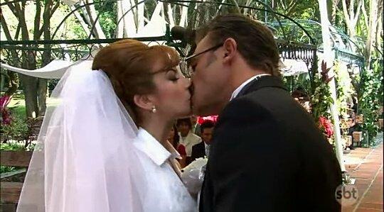 RT @NavarroFriends: Fer y Monstro fav ❤ // Fer y Edu RT 🔃 #AmanhaEParaSempre017  SILVIA NAVARRO EM AEPS https://t.co/pPLuWNtfzJ