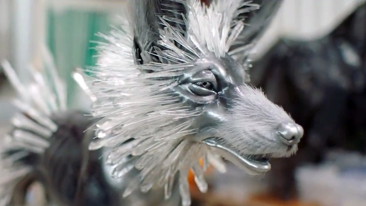 How the Beautiful Crystal Foxes Were Created for Star Wars: The Last Jedi https://t.co/zF1ob4dpoa https://t.co/b8bGFIrzvY