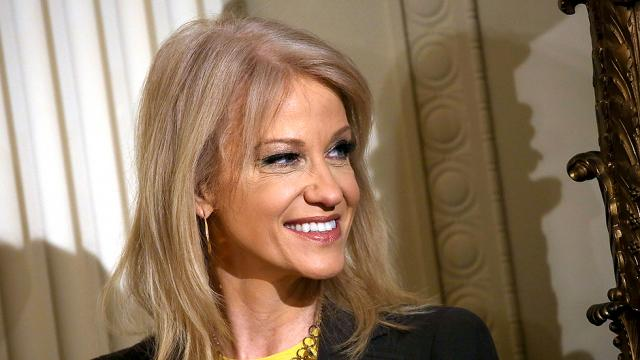 Oversight Dem: Conway flew on Tom Price's private flights but hasn't paid back government https://t.co/aflcfA5FBS https://t.co/gg5ge3qmjv