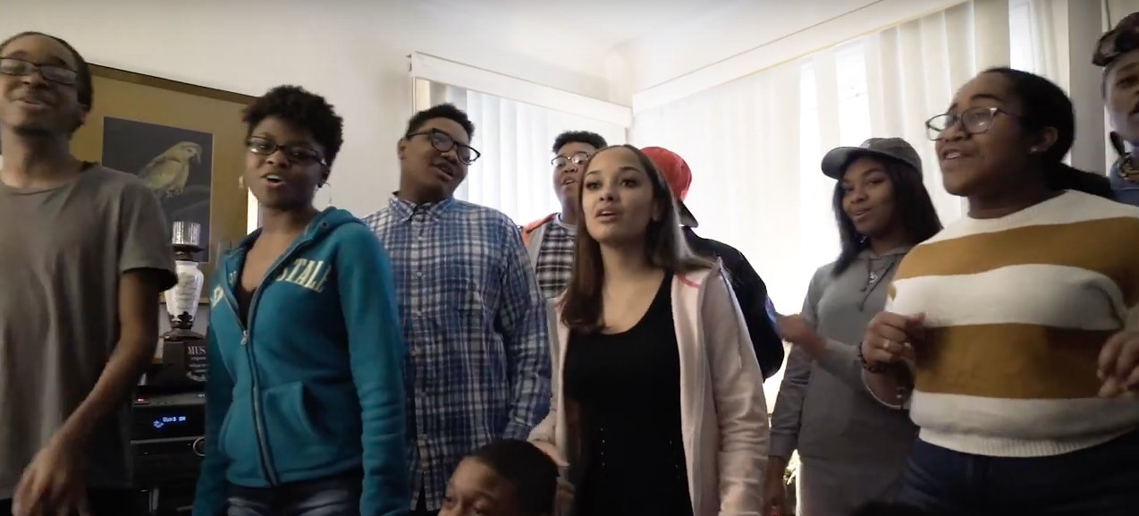 David Byrne's new music video stars a talented group of Detroit high schoolers. https://t.co/bshL0PwSnR https://t.co/oUgByduLig