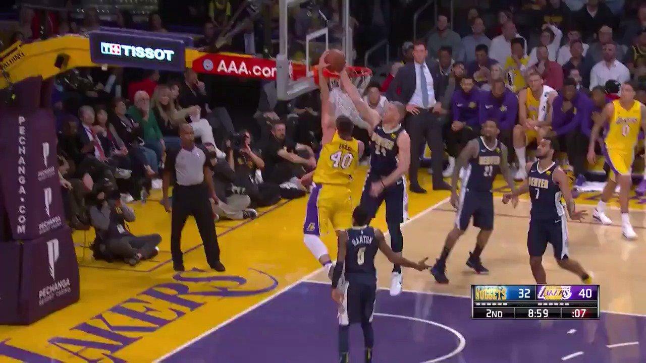 Mason Plumlee protects the rim! ������  #MileHighBasketball https://t.co/ezkBcJy9MO