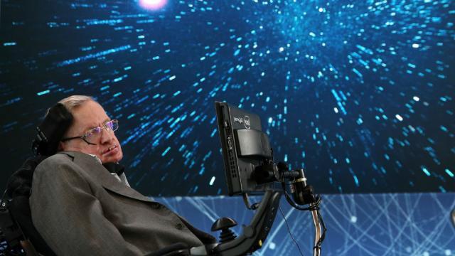 JUST IN: Stephen Hawking dies at 76 https://t.co/GyyxIOrswg https://t.co/jtliA403fQ