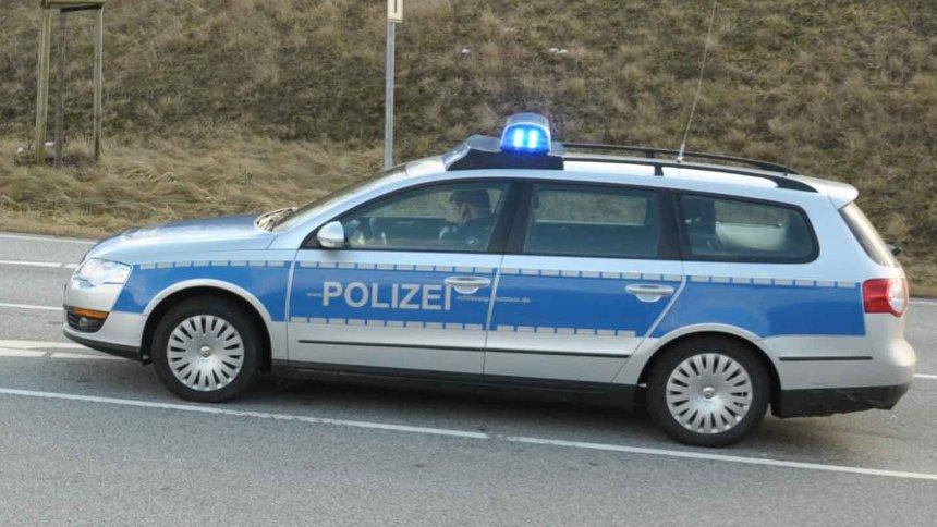 17-Jährige in Flensburg getötet: Polizei erlässt Haftbefehl gegen 18-Jährigen https://t.co/jjZk0ynBjX https://t.co/bAgLTAknjP