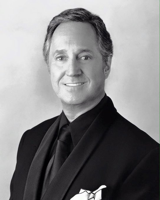 Happy 79th Birthday Neil Sedaka I Love His Song Breaking Up Is Hard To Do