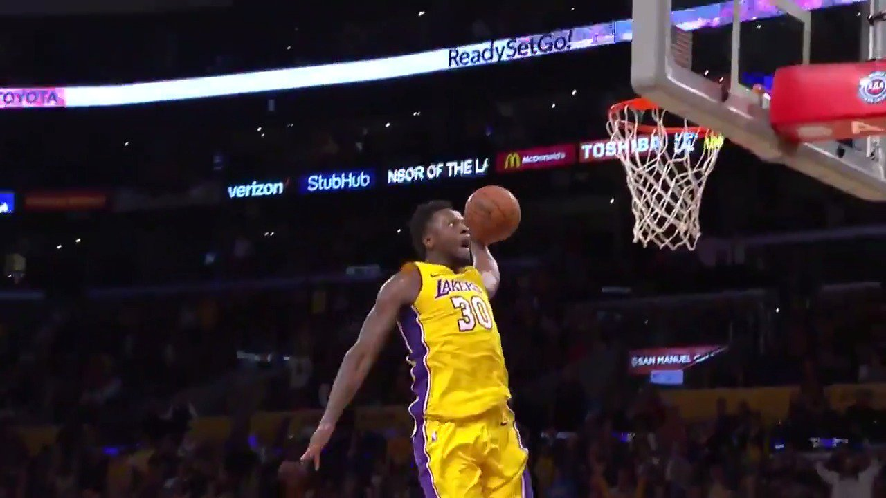 THE EXCLAMATION POINT❗️  #LakeShow https://t.co/ZChQE7k3Gd
