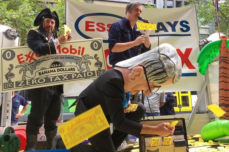 ExxonMobil expects to resume paying Australian corporate tax in 2021 https://t.co/JShFXWATRn https://t.co/b71jpfRKnG