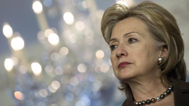 Clinton angers allies, former aides with latest comments on 2016 election: https://t.co/4HxKI3YGdQ https://t.co/9dKjy6nFi2