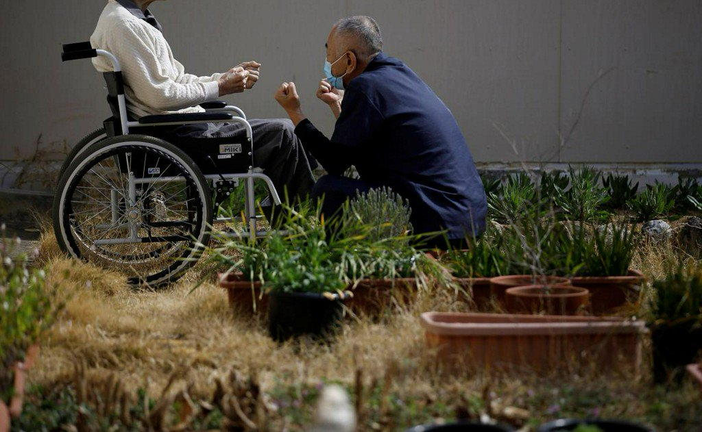 Aging Japan: Prisons cope with swelling ranks of elderly inmates https://t.co/B614UCIwIr https://t.co/gutydmPyPT