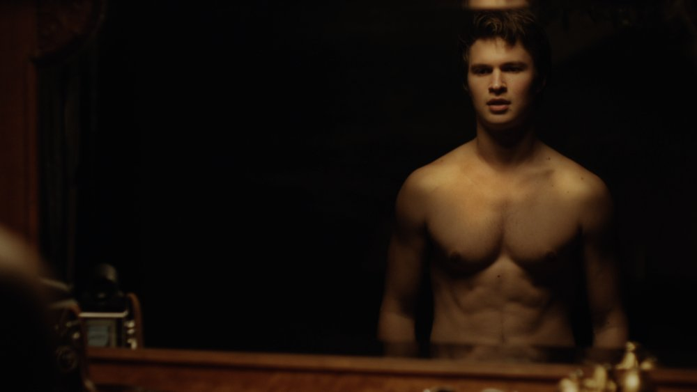 Happy Birthday actor Ansel Elgort! His hottest moments: