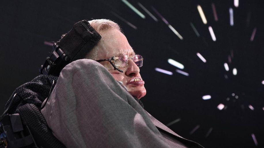 Bagi Stephen Hawking yang Jenius, Perempuan Adalah Misteri https://t.co/9xfk78GMoB https://t.co/32ghENwqlP