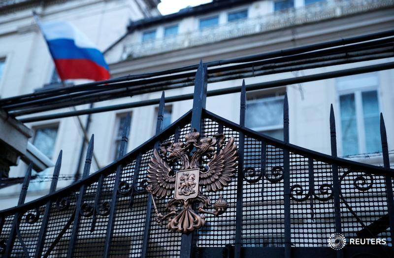 Britain to expel 23 Russian diplomats, freeze Russian state assets https://t.co/ROnIns6xay https://t.co/msDTw1Usd4