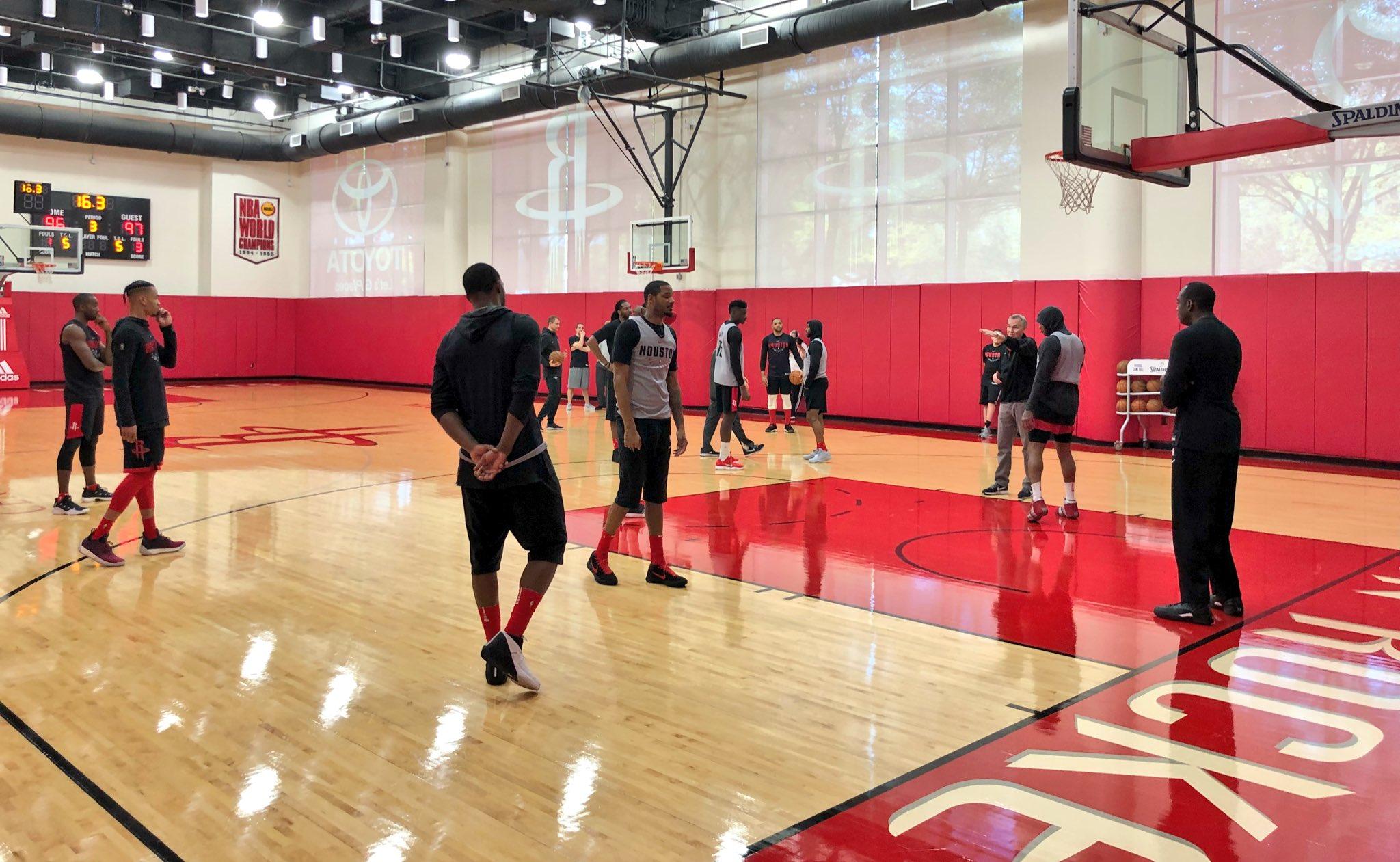 The @HoustonRockets host the @LAClippers 8pm/et Thursday @NBATV.   �� #RocketsAllAccess https://t.co/4j251Ya0lR