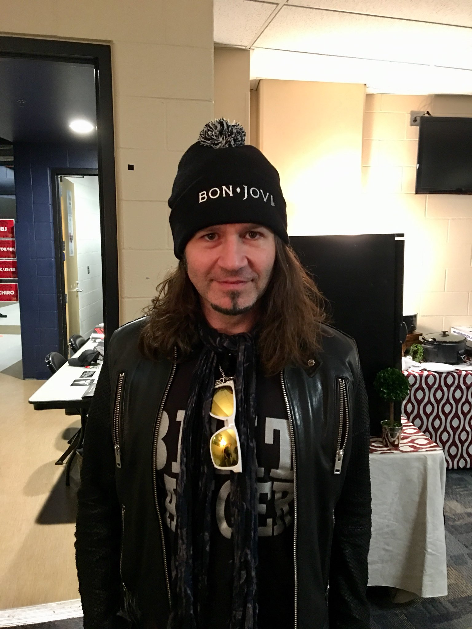 .@TheRealPhilX rocking the beanie! Check out our Instagram story for a sneak peek of the #THINFStour merch! https://t.co/yIZpQJe32i