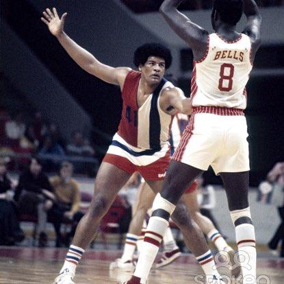 A happy birthday to NBA champion & HOFer Wes Unseld!!!